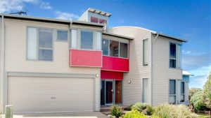 Phillip Island Waterfront House - Melbourne Tourism
