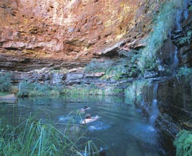 Dales Gorge and Circular Pool - Melbourne Tourism