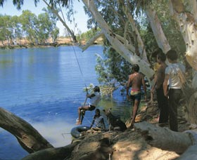 Rocky Pool - Melbourne Tourism