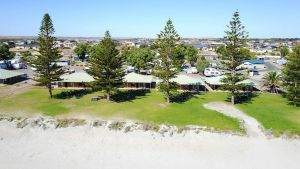 Wallaroo Holiday Park - Melbourne Tourism